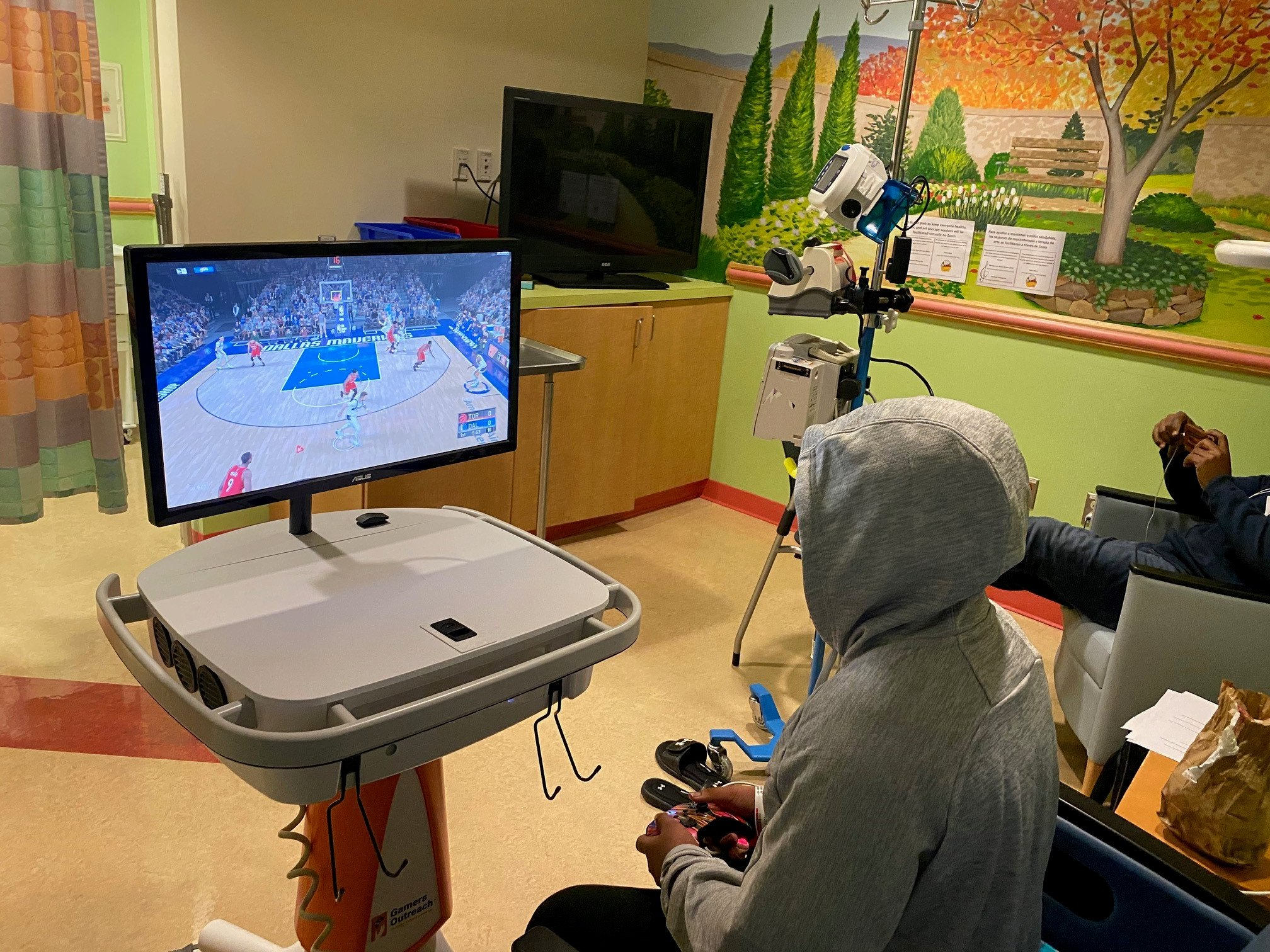 Gamers Outreach made it possible for hospitalized children to be able to play video games