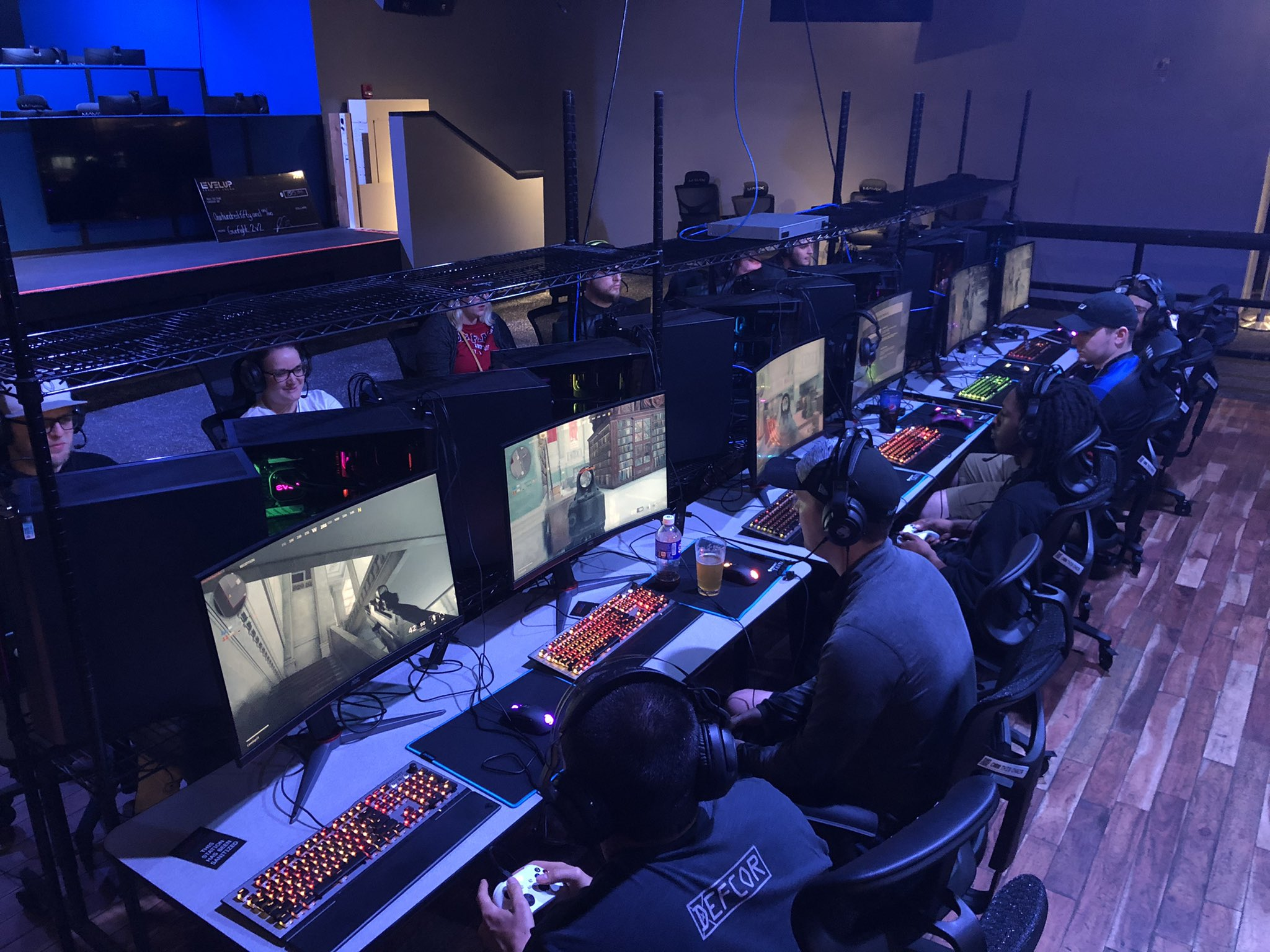 LEVELUP is open for casual or professional gamers